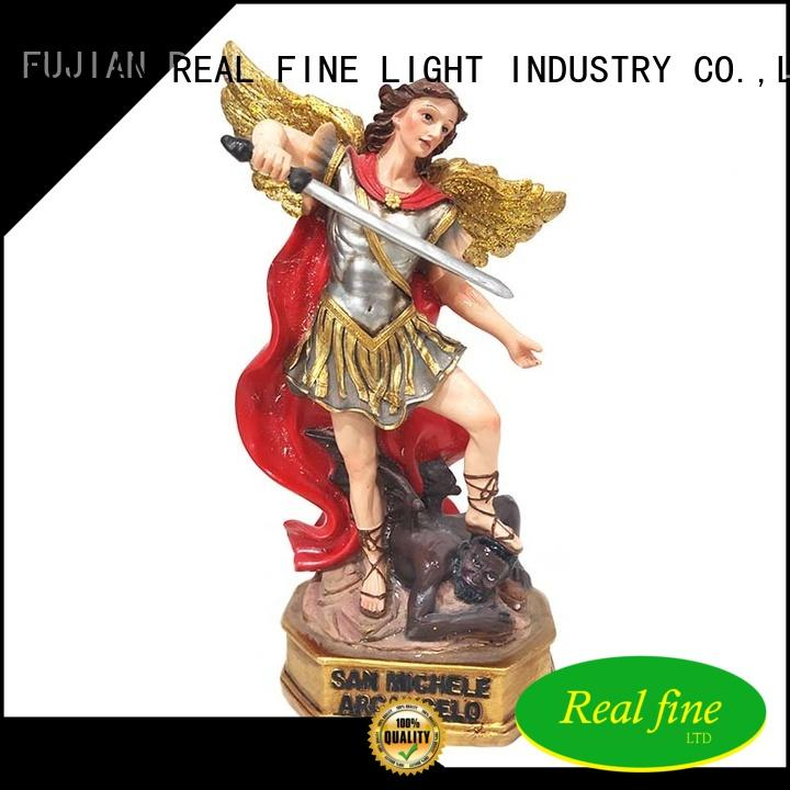 Real Fine resin arts and crafts great design for home