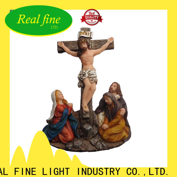 Real Fine decoration resin figurines on sale for gifts