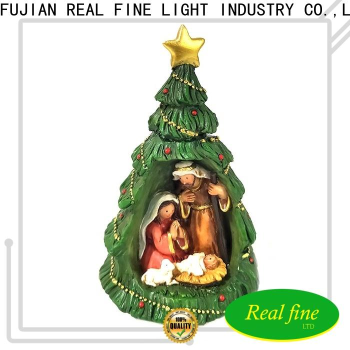 Real Fine polyresin figurine great design