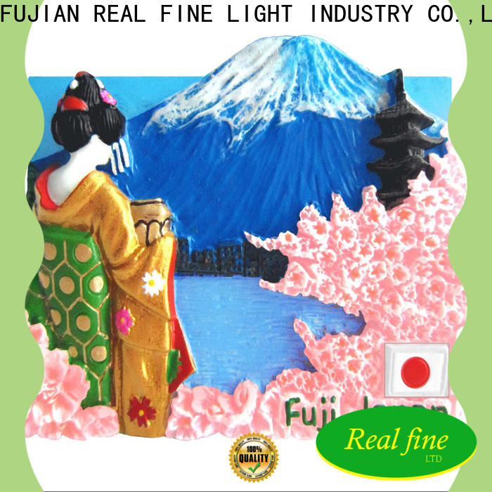 Real Fine travel souvenirs supply for garden