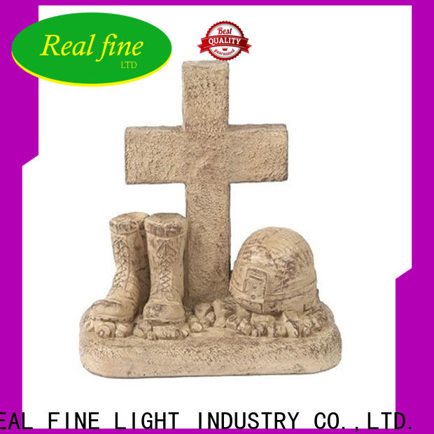 Real Fine customized polyresin statues great design for gifts