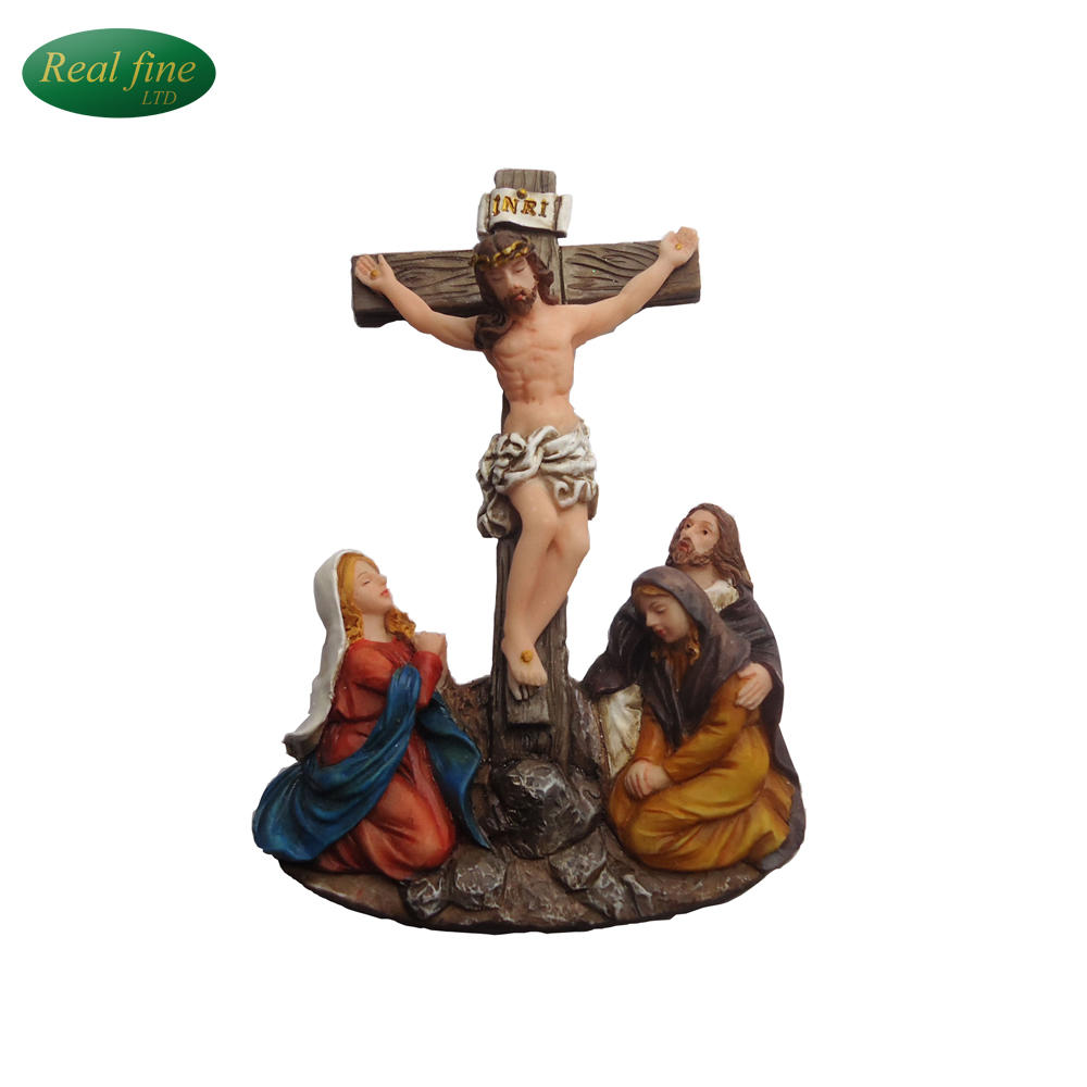 New design religious figurines wholesale resin holy family crucifix