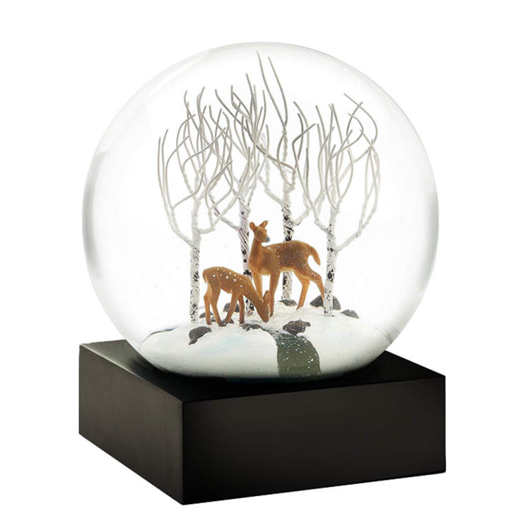 Hot sale resin snow globe deer drome