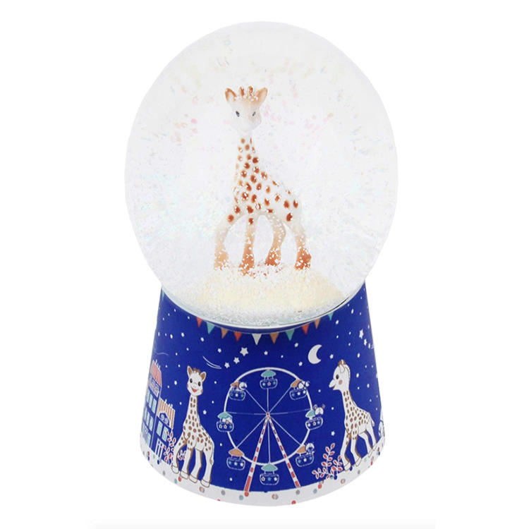 Wholesale  resin snow globe giraffe drome