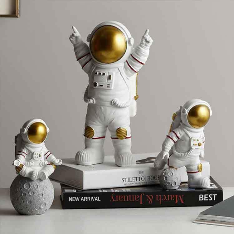 Kids Boys Living Room Bedroom Decor Astronaut Figure Statue Figurine Sculpture