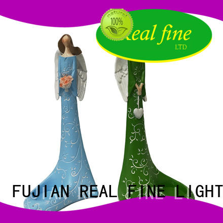 Real Fine design resin figurines on sale for gifts