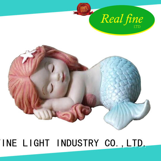 Real Fine exquisite resin figurines factory price for wedding