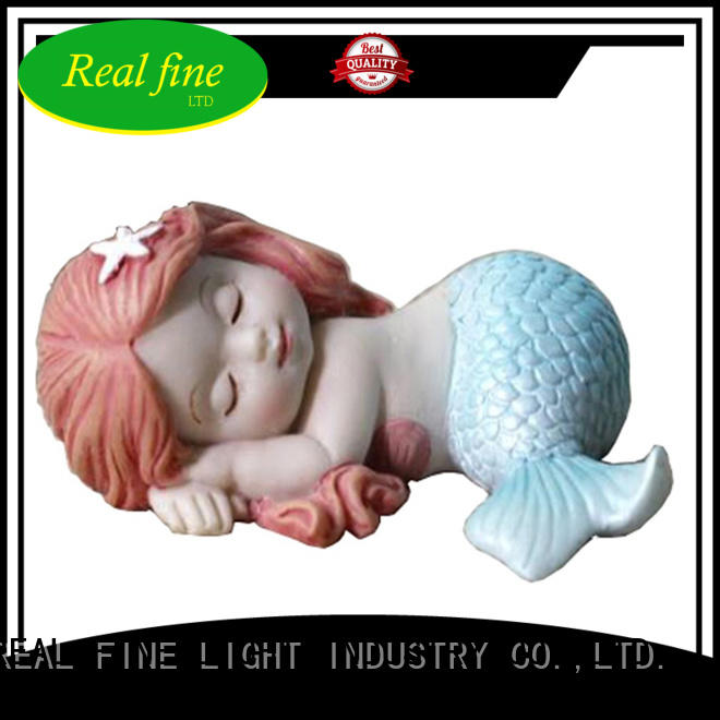 Real Fine beautifual resin figurines directly sale for wedding