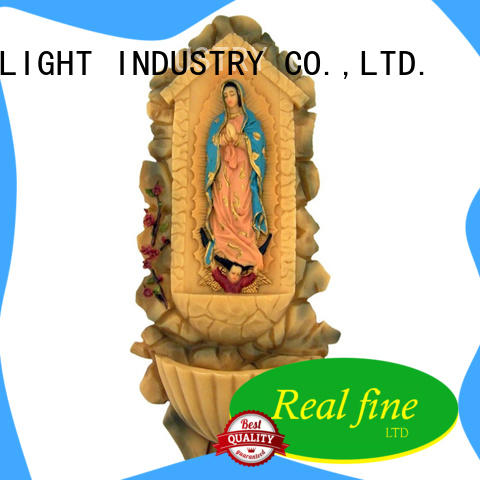 exquisite polyresin figurine great design for gifts
