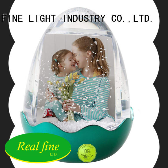 Real Fine city souvenirs supply for office